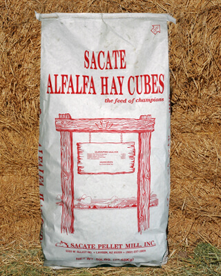 product_alfalfa_cubes_bag